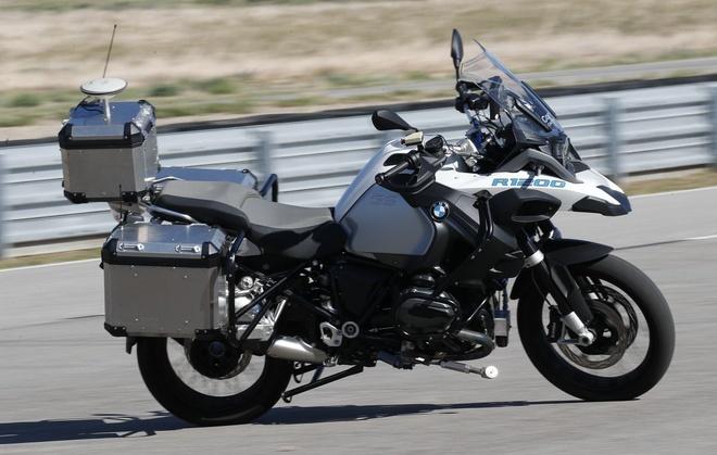 Mau moto co kha nang tu lai cua BMW Motorrad hinh anh