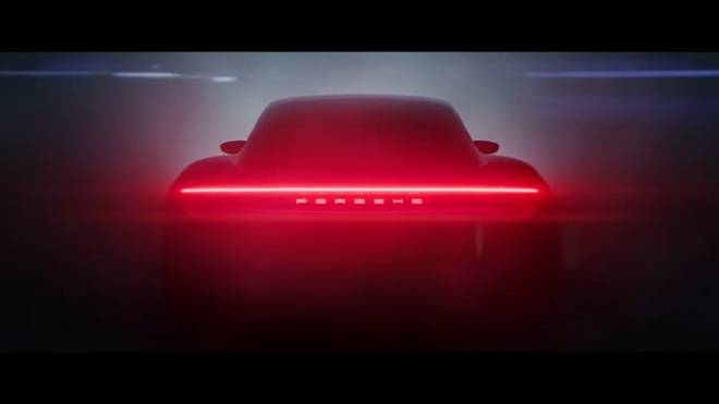 Porsche la hang dau tien khai tu dong co diesel hinh anh
