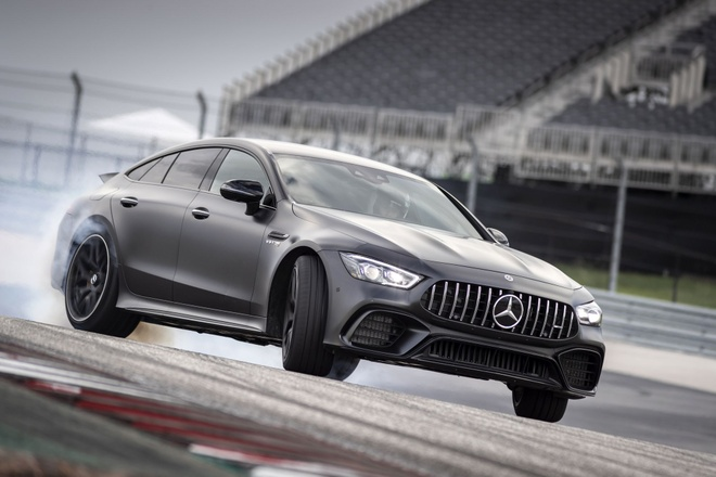 Chi tiet sieu sedan Mercedes-Benz AMG GT 2019 tai My hinh anh