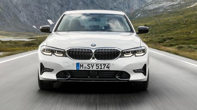 BMW 3 Series 2019 ra mat, doi dau Mercedes C-Class va Audi A4 hinh anh
