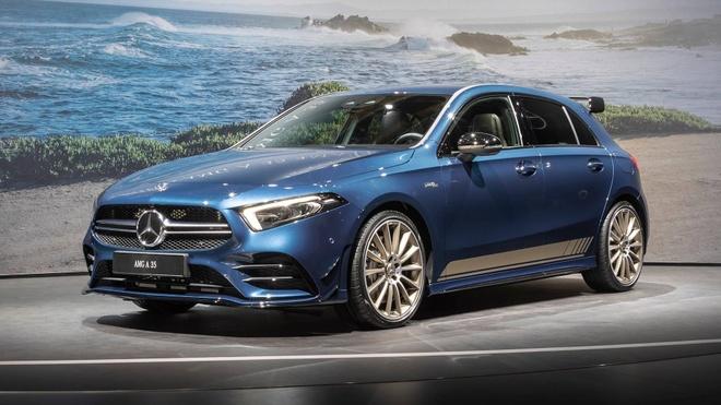 Hatchback hieu suat cao Mercedes-AMG A35 2019 ra mat hinh anh