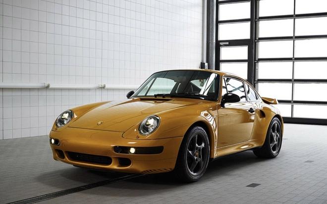 Xe co hoi sinh cua Porsche chot gia 3,1 trieu USD chi sau 10 phut hinh anh
