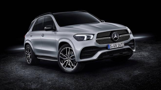 Mercedes-Benz GLE 2019 co gia tu 71.000 USD tai chau Au hinh anh