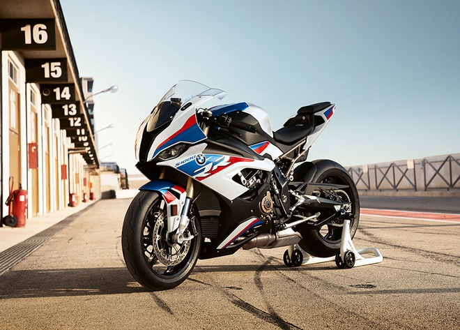 'Ca map' BMW S1000RR 2019 lot xac hoan toan, loai bo 'mat le' hinh anh