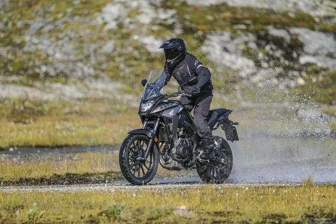 Moto dia hinh Honda CB500X 2019 nang cap manh me hinh anh