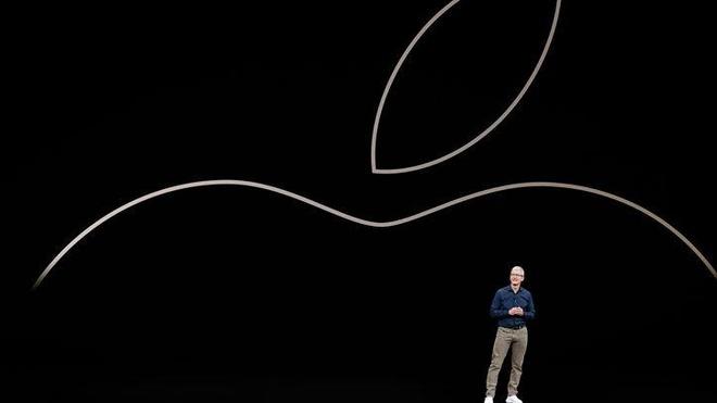 Apple danh ca su kien moi de 'da deu' Google, Facebook hinh anh 1