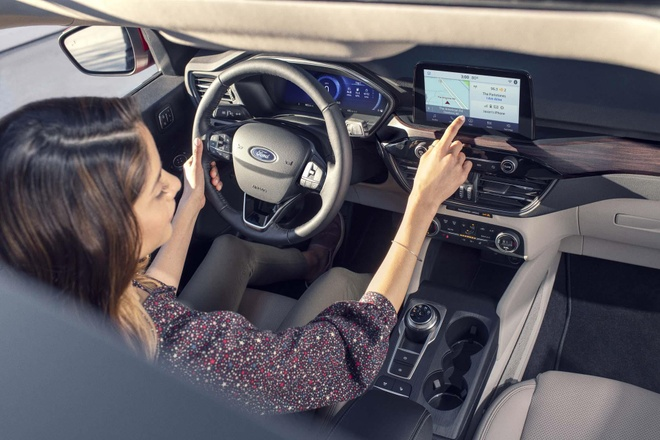 Ford Escape 2020 ra mat, doi thu cua Honda CR-V va Toyota RAV4 hinh anh 3