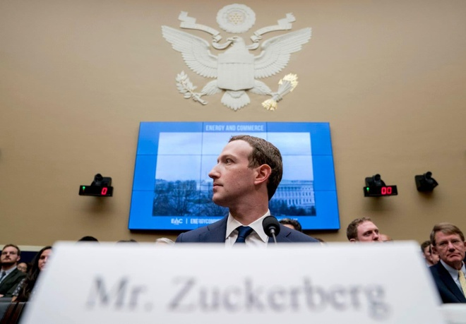 Ngay ca nhan vien Facebook cung khong con tin Mark Zuckerberg nua hinh anh 3