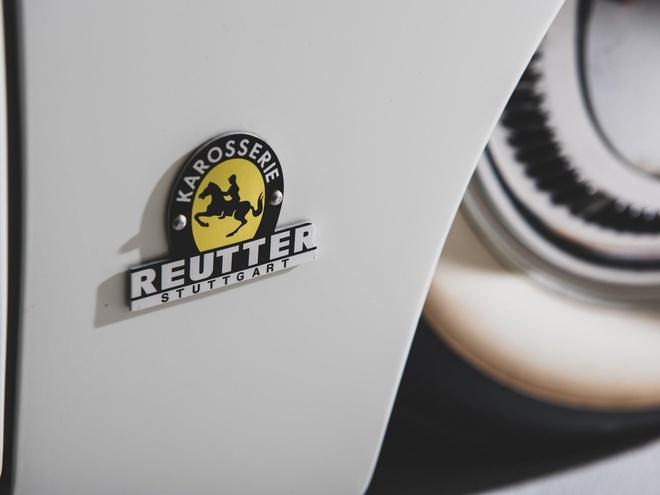 Porsche 356 ban limousine doc dao nhat hanh tinh duoc ban dau gia hinh anh 4