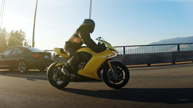 Damon Hypersport Pro - moto dien tich hop tri tue nhan tao hinh anh 4