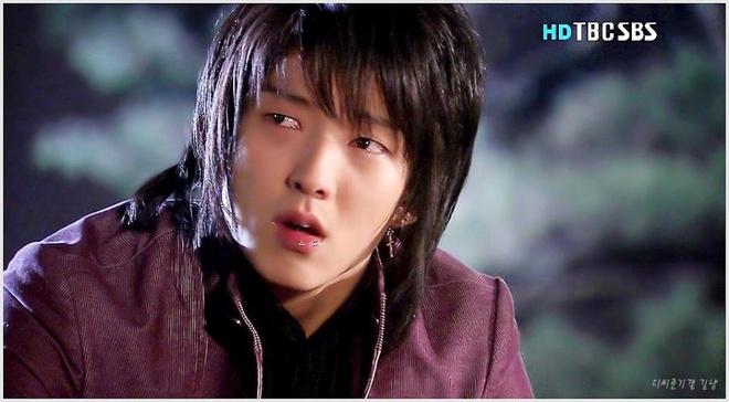 Lee Jun Ki: Tu 'anh chang xinh gai' den ngoi sao hanh dong hinh anh