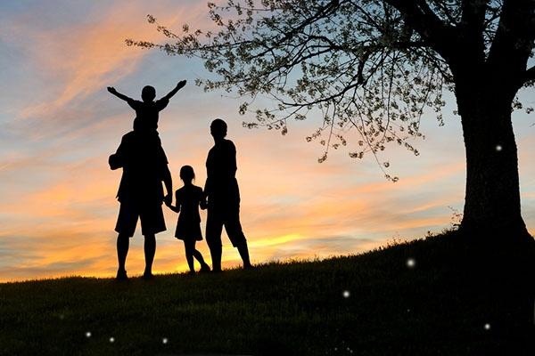 Image result for hình về hạnh phúc