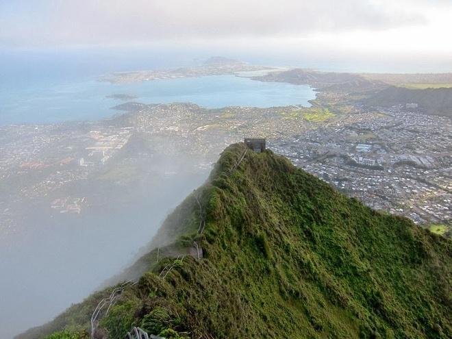Thot tim tren cau thang 'len thien dang' o Hawaii hinh anh 7