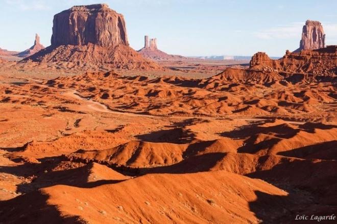 Nhung vung sa mac dep me hon hinh anh 3 Sa mạc thung lũng Monument, Colorado, Hoa Kỳ.