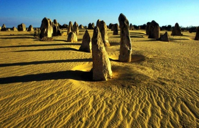Nhung vung sa mac dep me hon hinh anh 13 Sa mạc Pinnacles, Úc.