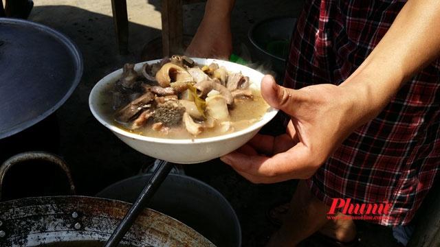 Thang co Bac Ha lam say long du khach hinh anh 6