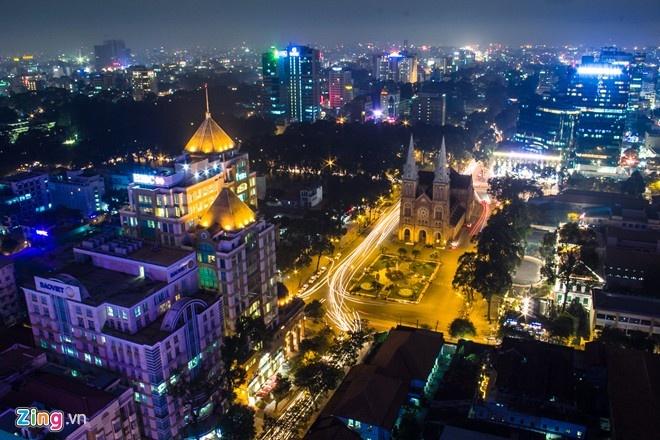 Nhung net doc dao cua cac thanh pho du lich Viet Nam hinh anh 1 TP HCM - nơi khách hàng luôn luôn đúng: Thành phố sầm uất nhất Việt Nam hút du khách nhịp phát triển mạnh mẽ, những hoạt động buôn bán, nơi vui chơi tấp nập ngày đêm. Ảnh: Hải An.