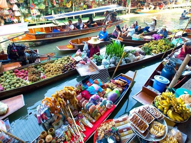 Tour nuoc ngoai dat khach nhat dip Tet Nguyen dan hinh anh