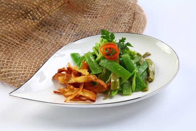 Hoa hue xao ot chuong - mon chay la cho ram thang Gieng hinh anh 1