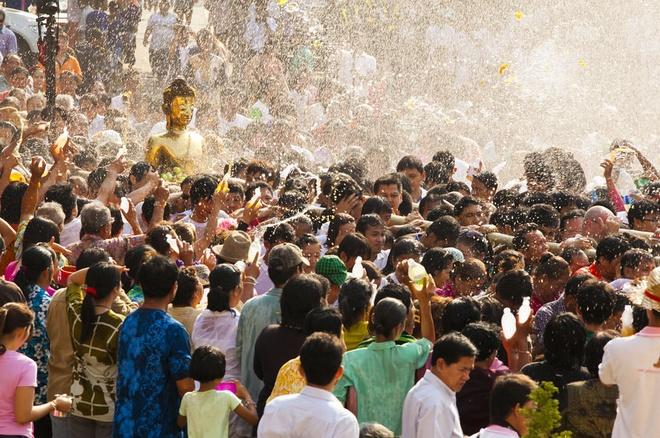 Songkran festival anh 3