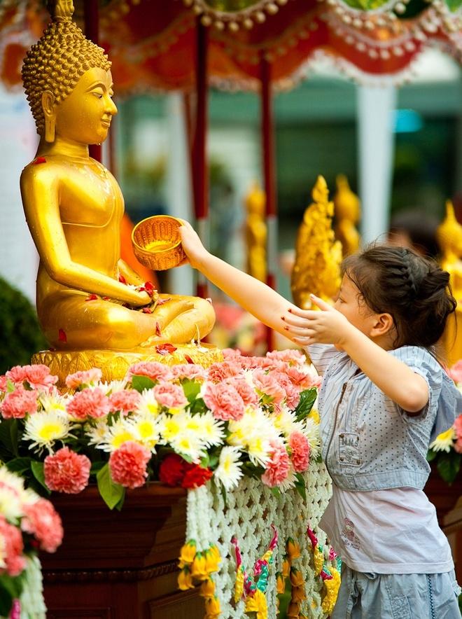 72 gio du lich bui Chiangmai dip Songkran hinh anh 1