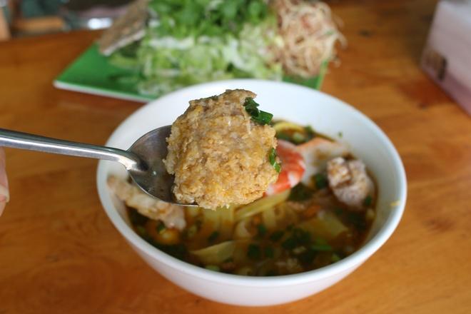 Quan mi Quang rieu cua hut khach duong Nguyen Thi Dinh hinh anh 6