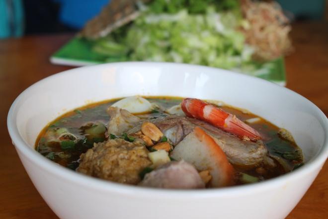 Quan mi Quang rieu cua hut khach duong Nguyen Thi Dinh hinh anh 4