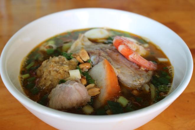 Quan mi Quang rieu cua hut khach duong Nguyen Thi Dinh hinh anh 5