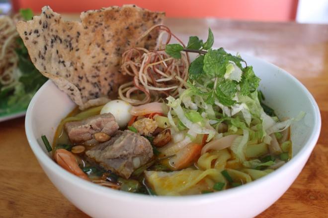 Quan mi Quang rieu cua hut khach duong Nguyen Thi Dinh hinh anh 9