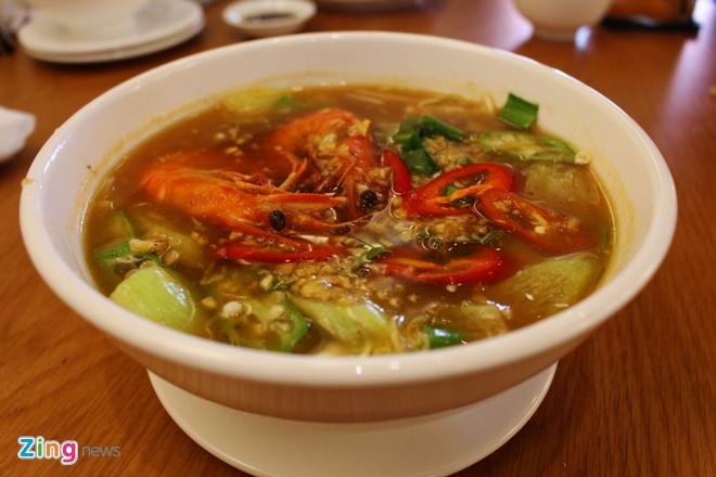 Quan bo nuong lui hut du khach tren duong Nguyen Van Trang hinh anh 4