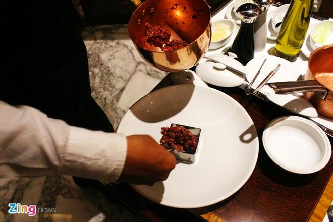 Steak tartare - mon bo song tu Trung A hinh anh 6