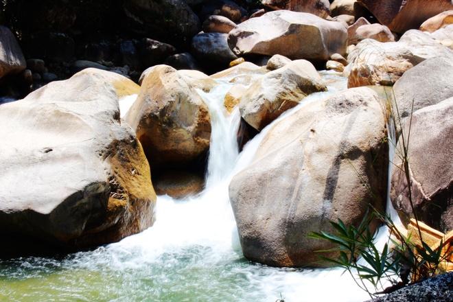 Image result for Su���i ngu���n C��t Minh
