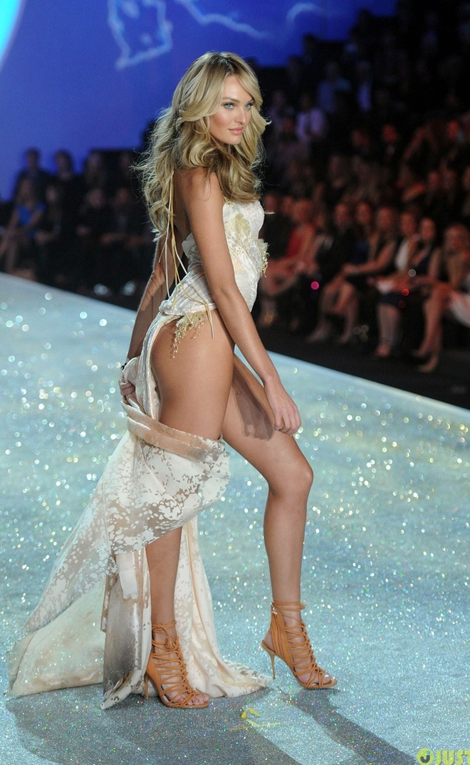 Candice Swanepoel khoe dang sexy voi noi y hon 200 ty hinh anh 8