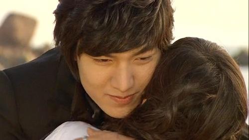 8 kieu tinh dau trong phim Han Quoc hinh anh