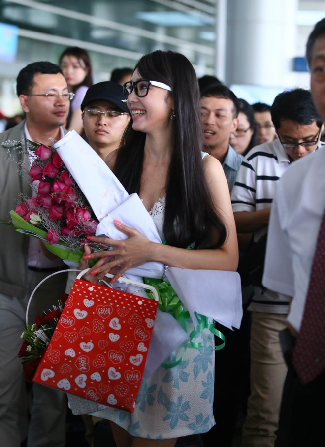 Helen Thanh Dao khoe giac mo Anh hau Dai Loan voi fan Viet hinh anh 8