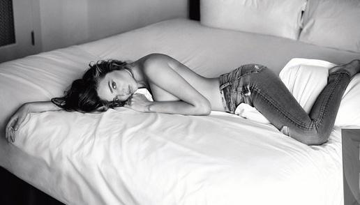 Miranda Kerr goi cam trong anh quang cao moi hinh anh