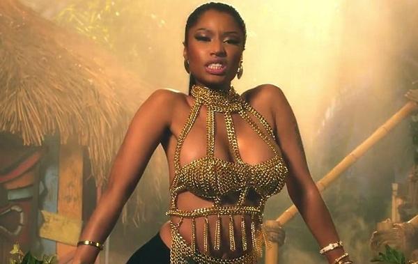 Vu cong cua Nicki Minaj bi tran dai gan 2m can hinh anh