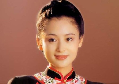 Tim lai my nhan Dieu Thuyen cua 'Tam Quoc 1994' hinh anh