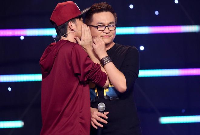 Hoai Linh mac trang phuc hiphop di quay gameshow hinh anh 11