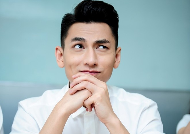 Isaac: 'Soc vi tin don cap voi Dam Vinh Hung' hinh anh