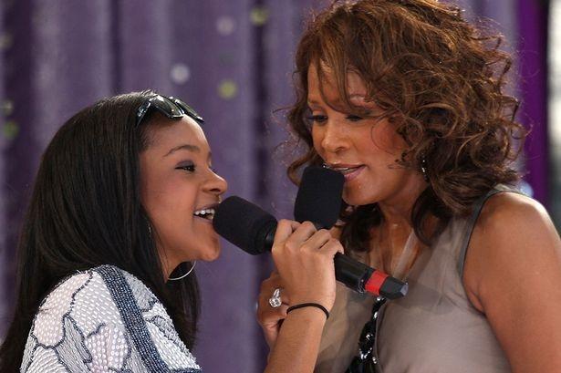Con gai Whitney Houston qua doi o tuoi 22 hinh anh