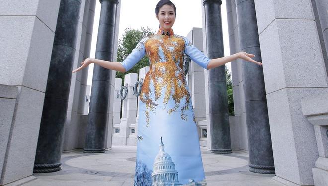 Ngoc Han trinh dien ao dai tren dat My hinh anh