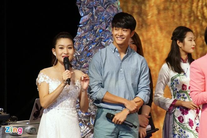 Kang Tae Oh hon Nha Phuong tren song truyen hinh hinh anh 3