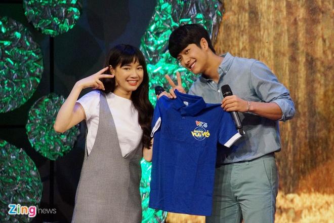 Kang Tae Oh hon Nha Phuong tren song truyen hinh hinh anh 9