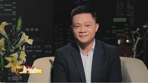BTV Quang Minh: 'Toi la nguoi rat si dien' hinh anh 1