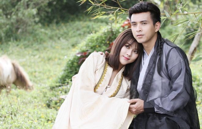 Ho Quang Hieu hoa trang 6 tieng cho vai hiep khach hinh anh 1