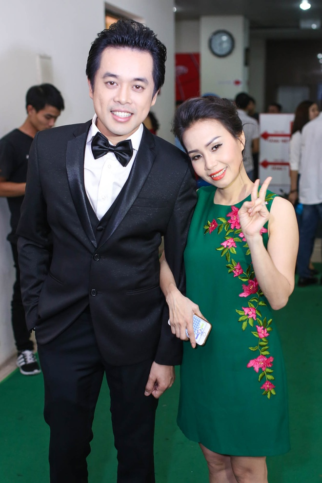 Be 9 tuoi Hong Minh dang quang Giong hat Viet nhi 2015 hinh anh 9