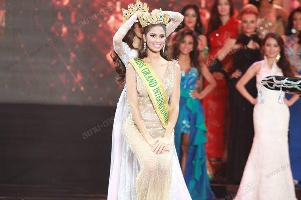 Nguoi dep 20 tuoi dang quang Miss Grand International 2015 hinh anh 1