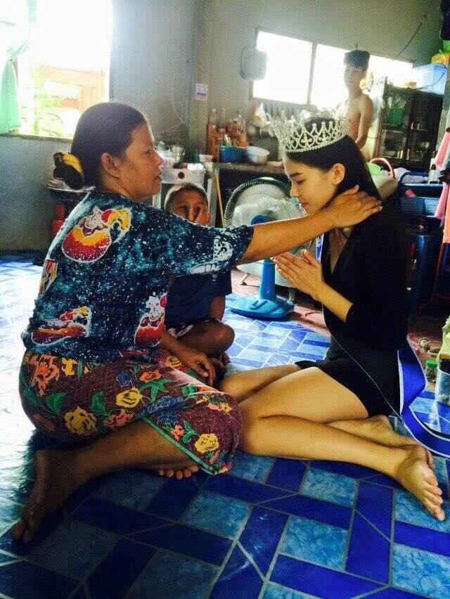 Hoa hau Thai Lan quy lay nguoi me lam nghe nhat rac hinh anh 2