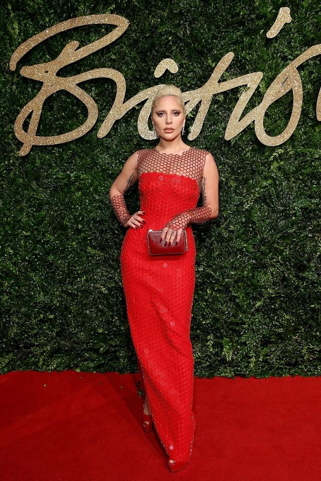 Lady Gaga vao nhom sao mac dep nhat tuan hinh anh 1